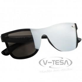 Tükörlencsés napszemüveg